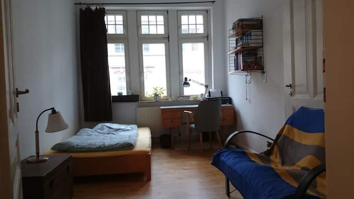 Nice Room/Gemütliches Zimmer