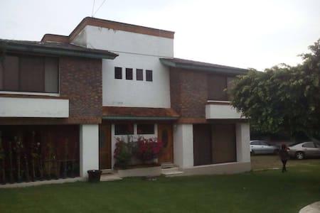 Bonita casa para vacacionar - Oaxtepec
