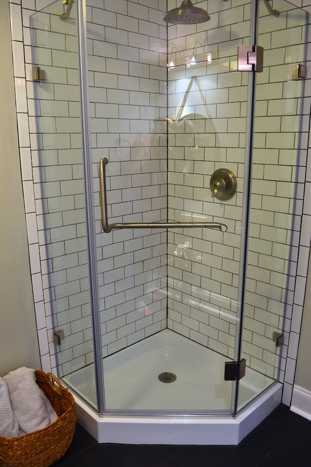Walk in Shower with linens provided
