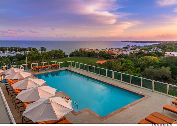 Arya 4 stars hotel Luxury Studio Coconut Grove