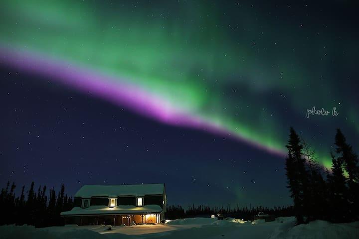 Aurora Nights Inn Main Level