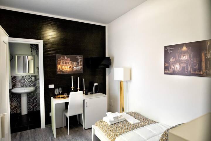 Musumeci's rooms Catania singola