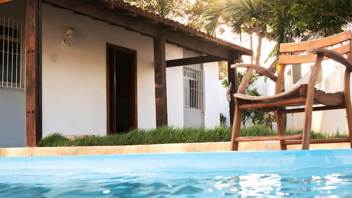 Casa c/ piscina e vista para o mar - 5min da praia