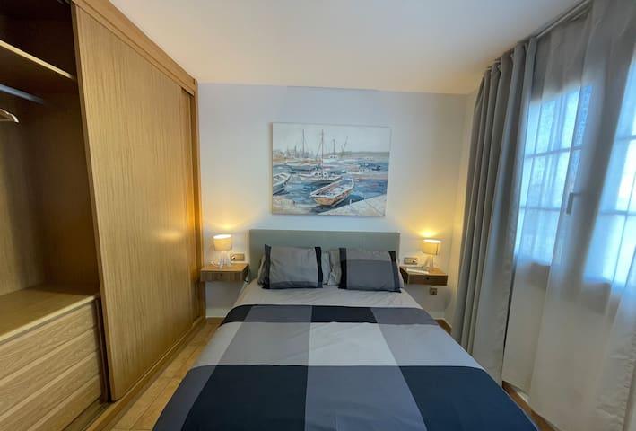 Bedroom (Queen-Size) with Ocean-View