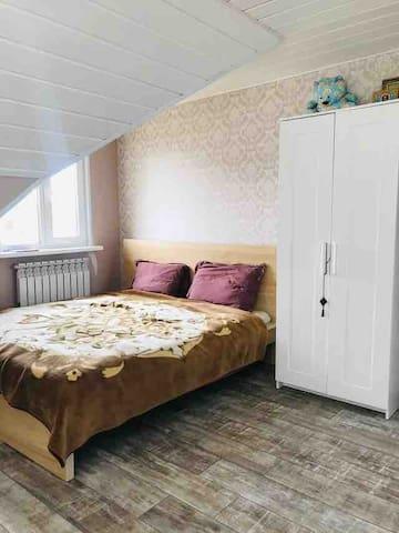 Спальня с больной кроватью super kind size (180 см)
