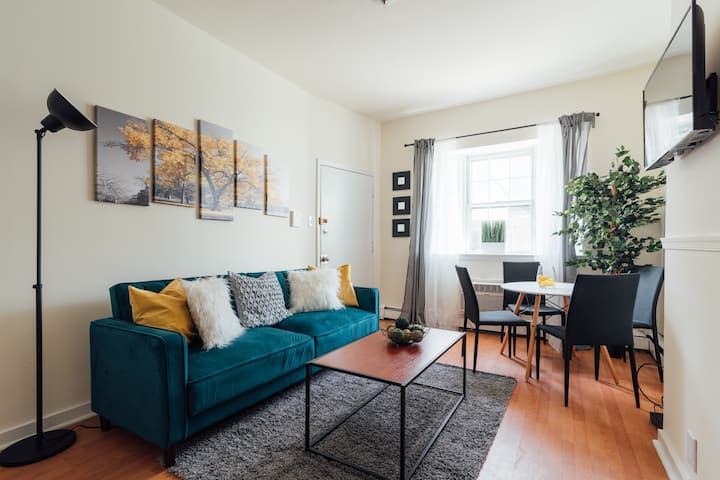 LIVE IN THE HEART OF PHILLY! CENTER CITY 1/1 JEWEL
