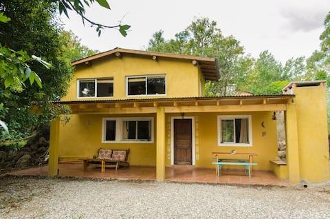 Casa en Atos Pampa Calamuchita , Madreselva.