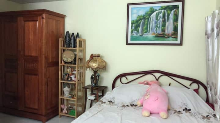 Tidy private room near TSN Airport, Go Vap, HCMC.