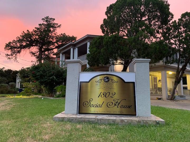 1802 Social House