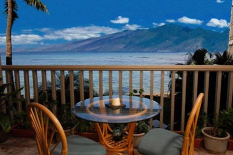 Enjoy the Ocean, Molokai and Lanai Island Views from your private lanai.
