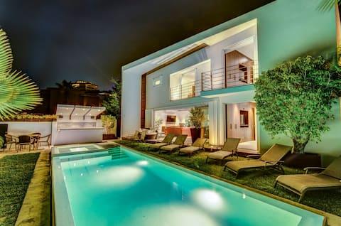 Beautiful contemporary villa in Pedregal