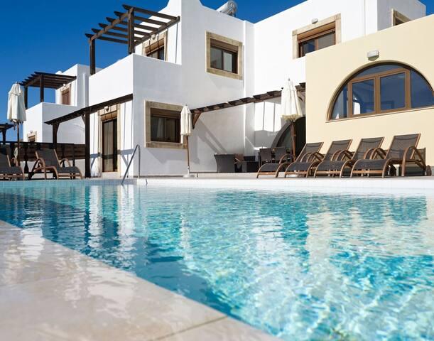 Villa Kalisto with Private Swimming Pool