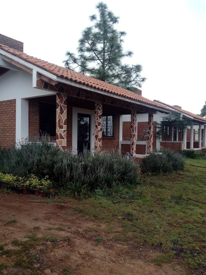 """Centro Ecoturista """"La Mesa"""" cabaña 1 El Tigre Mich"""