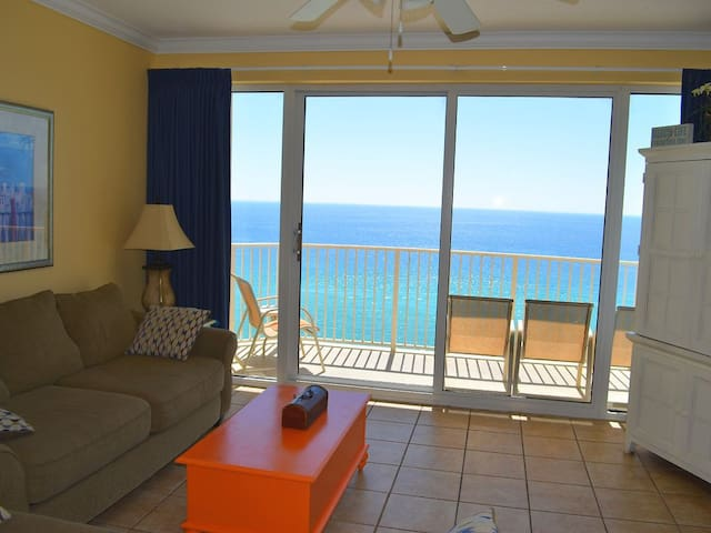 Luxury  Ocean Front Condo (sleeps 6)