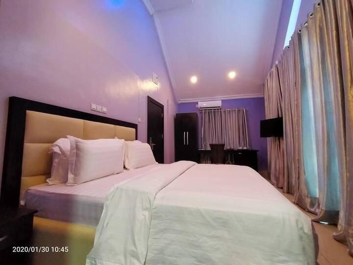 The Beckett Suites - Luxury Room