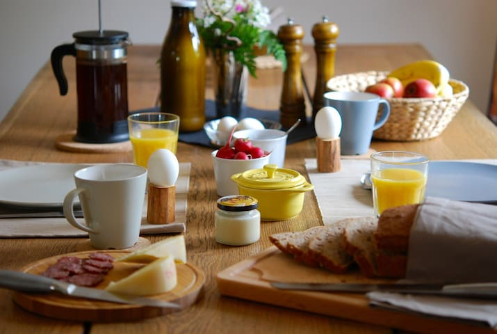 Simple Life Farm Bed & Breakfast - Extertal