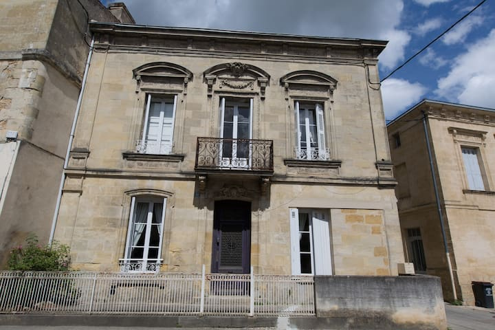**3 Bedroom let Maison Bourgeoise L'ancien Presse - Langoiran