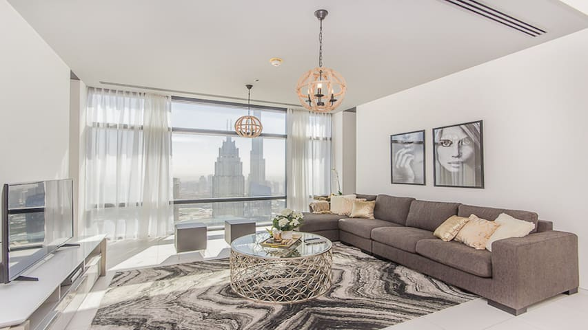 Stunning 1BR Panoramic Burj Khalifa View Index