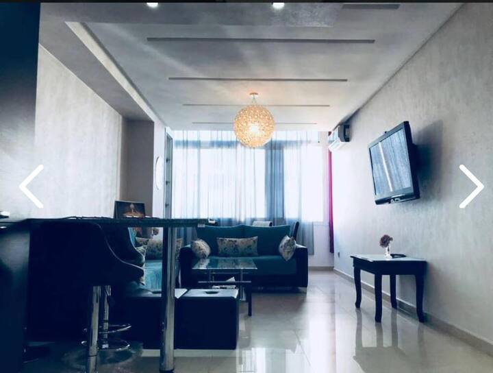 Amazing  chique one-room appartment within Islane