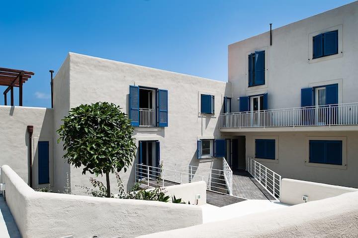 Appartamento stile eoliano vista mare