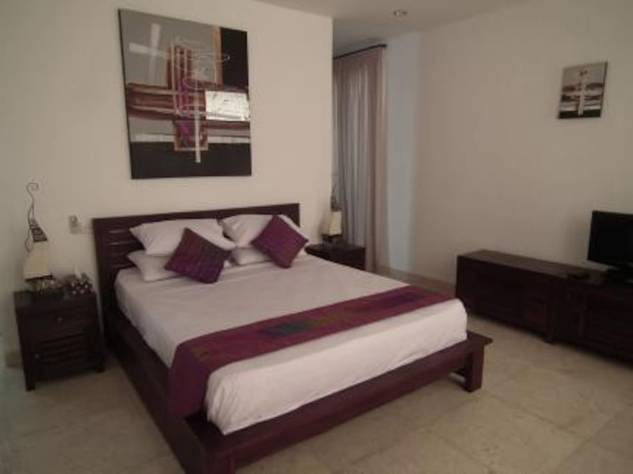 Bedroom 1 (Master Bedroom)