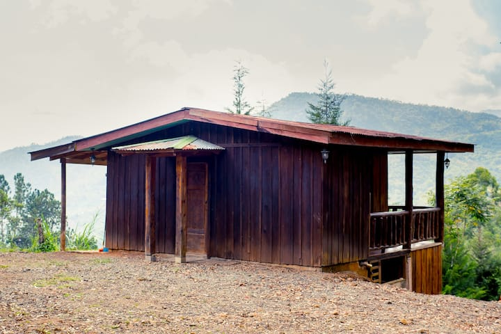 Rain Ecolodge Private Cabine with a mountain view