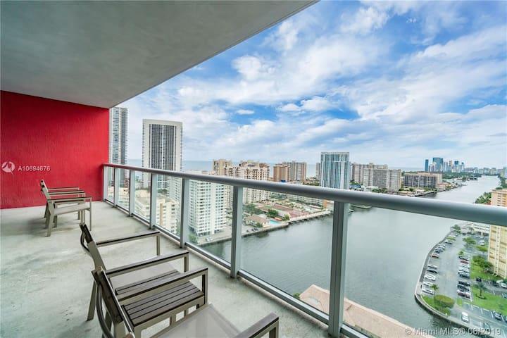 1 Bedroom -Dazzling Water Views @BW Resort 2803A