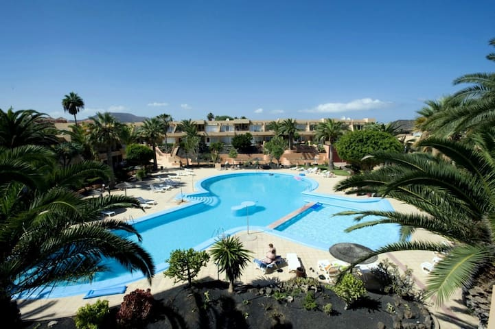 Corralejo Hibiscus Dunes Apartment with Pool