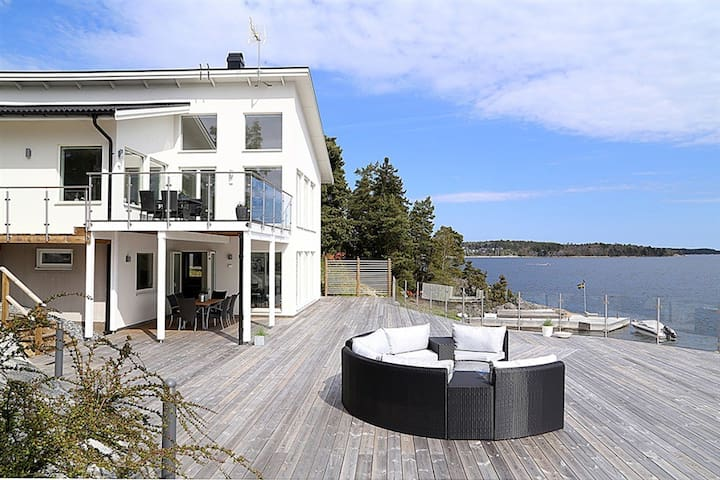 Top modern oceanfront villa close to Stockholm