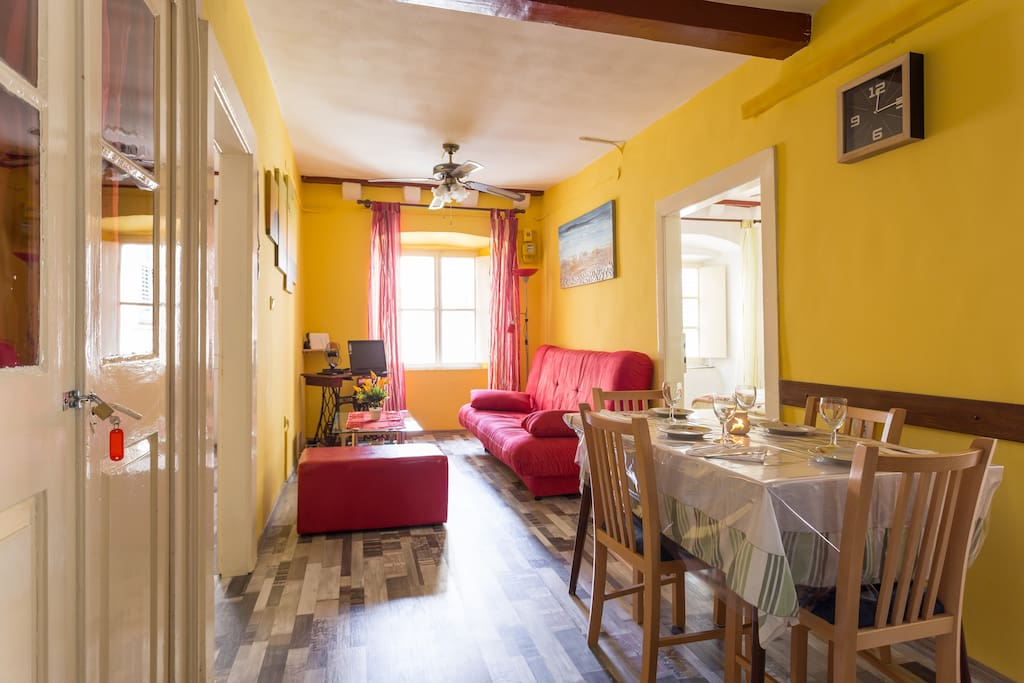 Cosy and spacious apartment in the centre of the old city of Dubrovnik