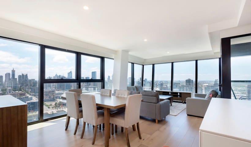 100% Wow 270° Views Penthouse 5+Beds+2Bath+2 decks