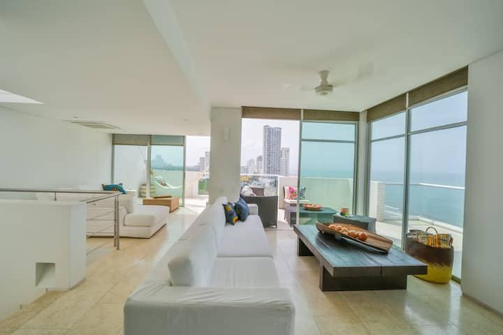 Beautiful Large Bright Seaview Apartment Cartagena
