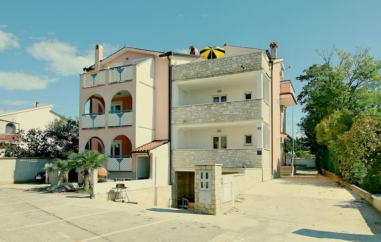 Holiday apartment with 1 bedroom on 41m² in Porec