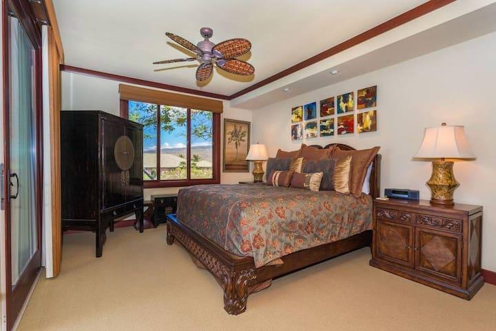 3 Bedrooms Condo