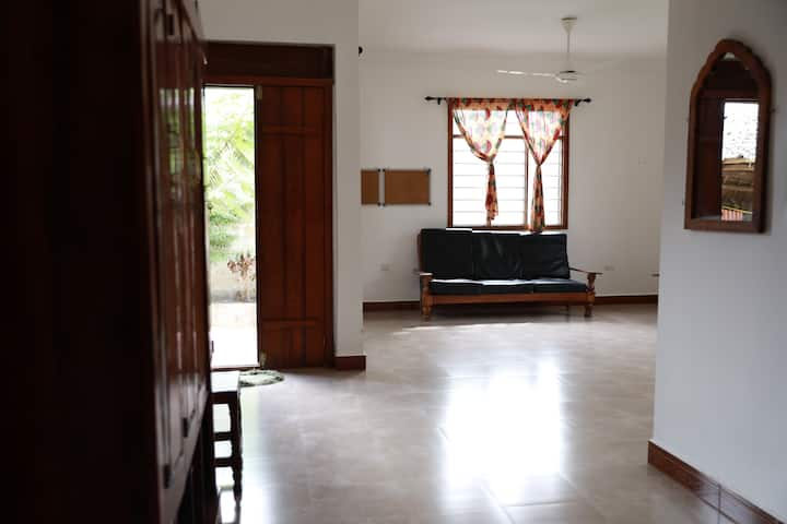 Subiani house with 6 rooms , Nungwi