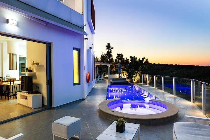 Villa Chara, luxurious design!