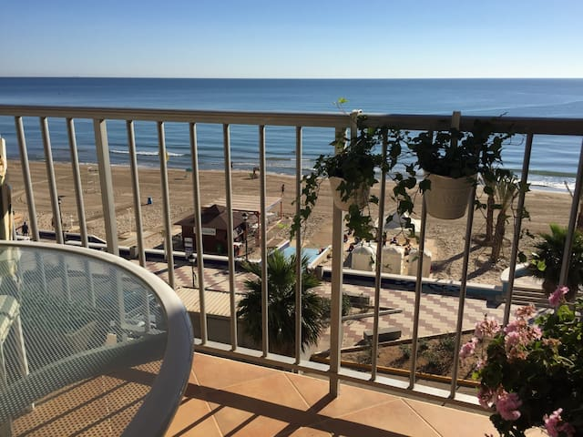 Spain-Mediterranean beachfront. Relax+wifi+golf - Mareny de Barraquetes - Daire
