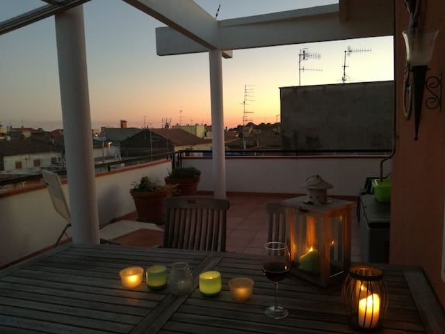 Beautiful flat with large privat rooftop terrasse
