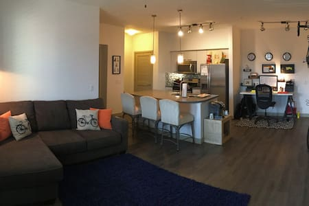 2 Bedroom in Prime Scottsdale location - Wohnung