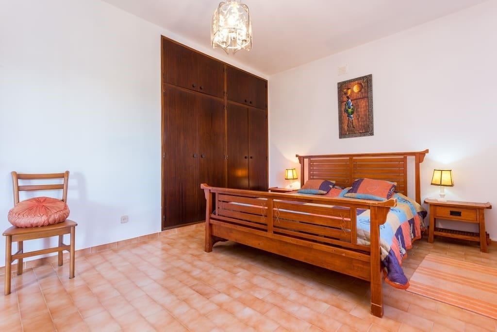 Room 1, Queen size bed