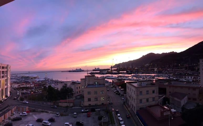 Attico panoramico vista mare a Salerno centro