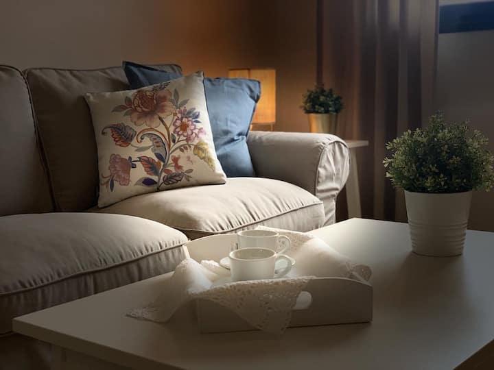 Apartamento confortable, wifi y jardín