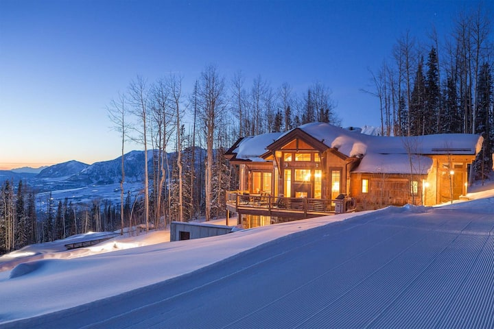 CABIN ON THE RIDGE - VACATION ON THE EDGE OF PERFECTION.