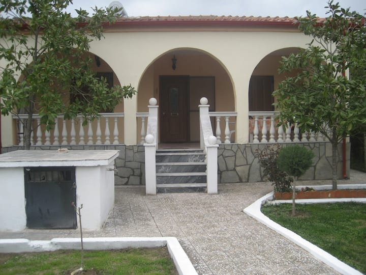 House Asprovalta,Greece near the centre, seа