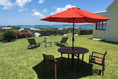 Rose Hill View - near Golf Course and Whale Bay