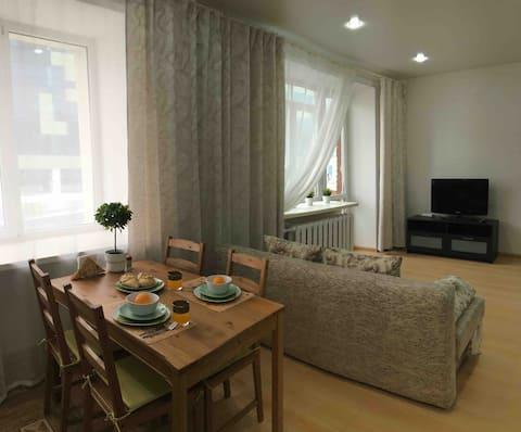 Солнечная уютная квартира
