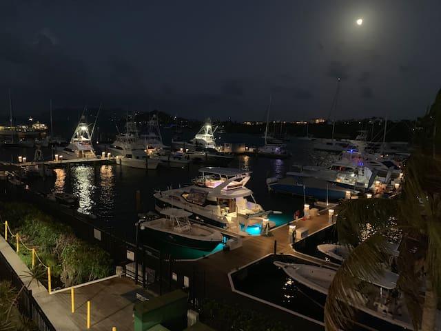 Luxury Floating Hotel - Disco Boat