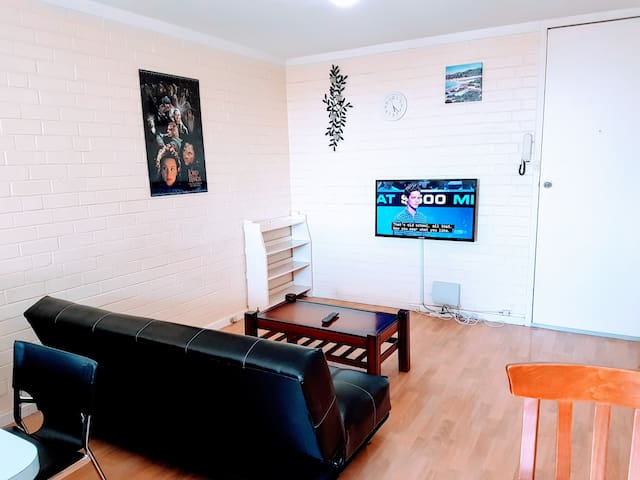 Best Deal Cozy Apartment