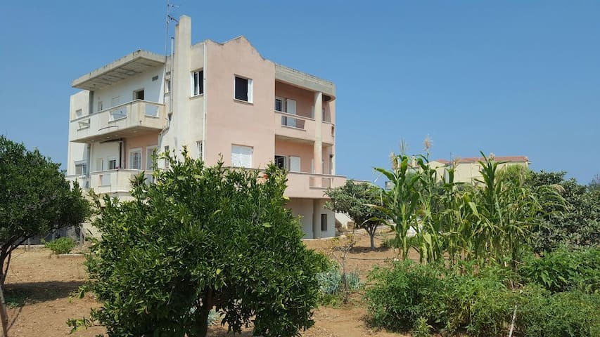 Spacious sea view double room - Korinthia - Hus