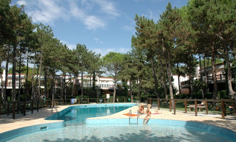 Villaggio Estate D - with garden and swimming pool - Lignano Sabbiadoro - Casa